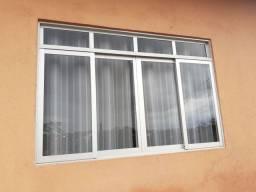 Vendo janela de alumínio com vidros