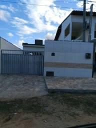 Casa pra vender localizada em lucena