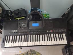 Teclado arranjador Yamaha E453