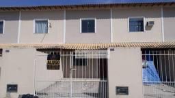 Casa com 2 dormitórios para alugar, 70 m² por R$ 1.000,00/mês - Coqueiral - Araruama/RJ