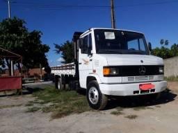 Título do anúncio: Vendo Caminhão MB 710 2012