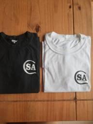 Camiseta manga curta Colégio Santana Tam 12 e 14 R$10,00 cada