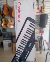 Teclado musical Casio de vários modelos