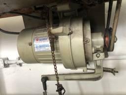 Máquina OVERLOCK PAGASUS