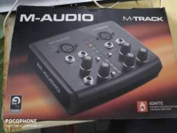 Interface M-Audio M-Track