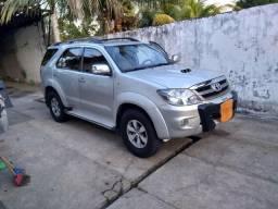Toyota Hilux SW4, automático diesel - 2006