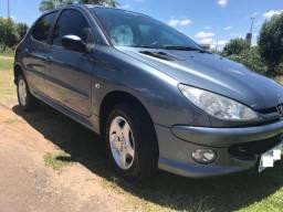 Peugeot automatico completo - 2008
