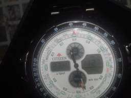 Relógio citzien original novo prata na caixa +1 gomo de brinde
