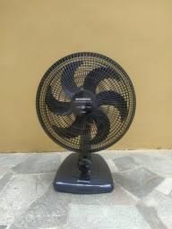Ventilador Mondial Maxi Power Black 40cm e 6 pás (seminovo)