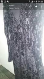 Vendo um vestido Preto veludo