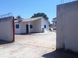 Aluga, Casa Residencial, 3/4 Suíte, Quadra 208 Sul, Próximo a Escolinha do Flamengo