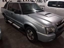 Vendo ou troco S10 executive diesel 4x4