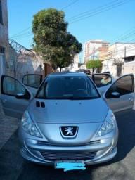 Peugeot 207 PASSION SPORT 1.4 2012
