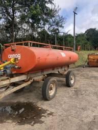 Carreta tanque agrícola 4.300L
