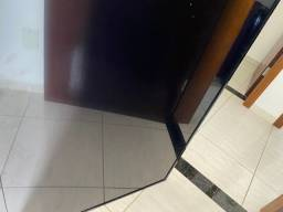 Vendo tv philco com Tela trincada