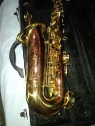 Sax alto Custon Pro semi novo