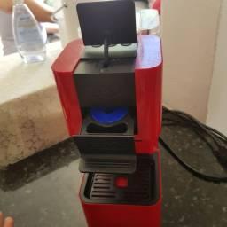 Vendo Cafeteira POUCO USADA