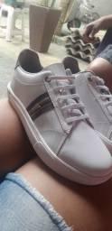 Vendo tênis molekinho branco