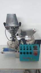 .Máquina de salgados Bralyx com lona nova * Peça Única