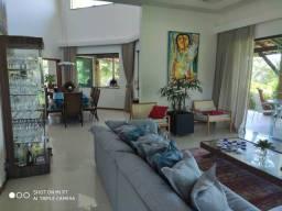 Belíssima casa com 4 suítes no Condomínio Buscaville em Busca Vida Camaçari BA