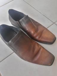 Sapato Ferracini Número 43<br>