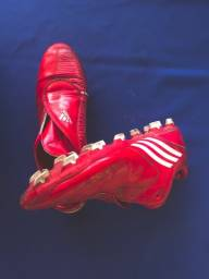 Chuteira Adidas F10 - tamanho 40
