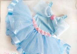 Fantasia Princesa (Cinderela , Frozen e Alice no país das maravilhas )
