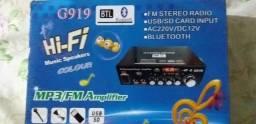 Amplificador seme Novo pouco usado 800w