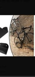 Suporte de parede para bicicleta.