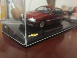 Miniatura Chevrolet Ômega