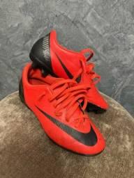 Chuteira CR7 Nike Campo 34 (Aceito Cartão)