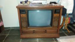 TV Importada dos USA de móvel MGA/Mitsubishi