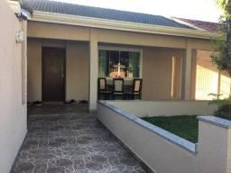 Ótima casa de 3 quartos no Jardim Brasília 2