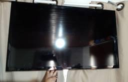 """TV Samsung 32"""" Smart - Tela Quebrada"""