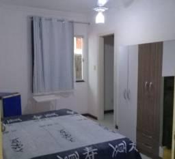 Aluguel de quarto com suite em Itapuã