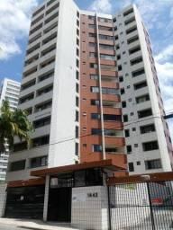 Amplo apartamento próximo a Av Pe Antonio Tomas.