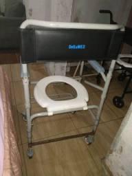 Cadeira de rodas para banho