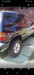 Sportege 95,4x4 a diesel, pintura nova, motor com defeito, Troco. Zap. *.