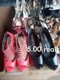 Sapatos pra bazar