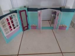 Vários item a venda casinhas de menina