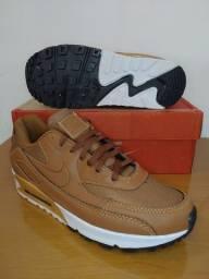 Tênis Nike AirMax