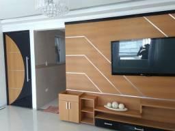 Painel de parede em madeira