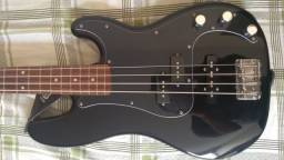 Contrabaixo Squier by Fender Affinity