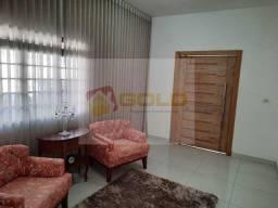 Casa para Venda em Uberlândia, Cidade Jardim, 3 dormitórios, 1 suíte, 3 banheiros, 3 vagas