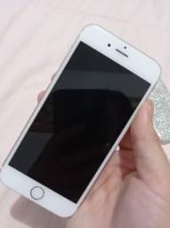 iPhone 6s semi novo com caixa