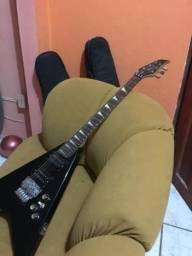 !!!!!troco em outra guitarra!!!!! Guitarra WestWood FlyV PR-100 - Preta