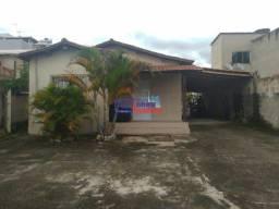 Casa com 4 Quartos no centro de São Joaquim de Bicas.