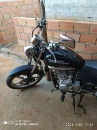 Moto Dafra Kansas
