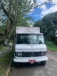 Vendo caminhão Mercedes 608
