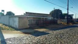 Casa de Alvenaria ( Ponto Comercial) no Bairro Industrial em Guarapuava